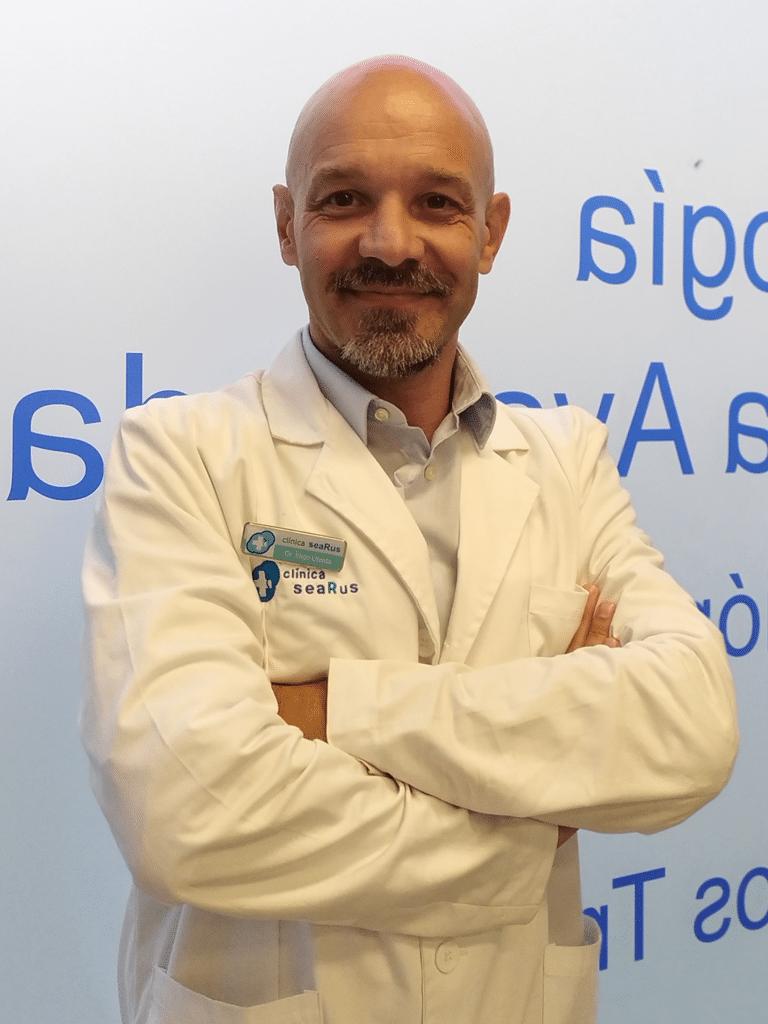 Dr. Iñigo Úbeda